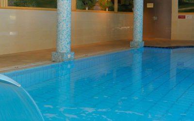 Zwembad Tjaarda Oranjewoud