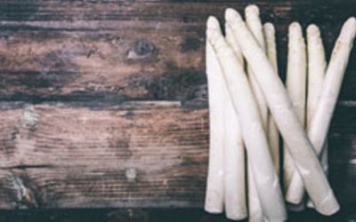 asperges eten -Tjaarda oranjewoud